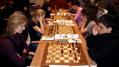 Viktorija Cmilyte vs Maia Chiburdanidze